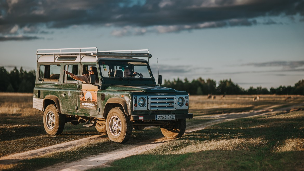 New park SUVs – Land Rover Defender